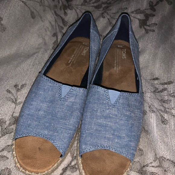 Toms Shoes - Tom's Chambray peep toe espadrilles